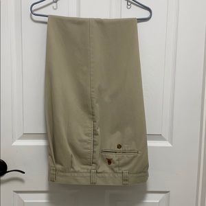 Tommy Hilfiger khakis 36 x 34 very good condition